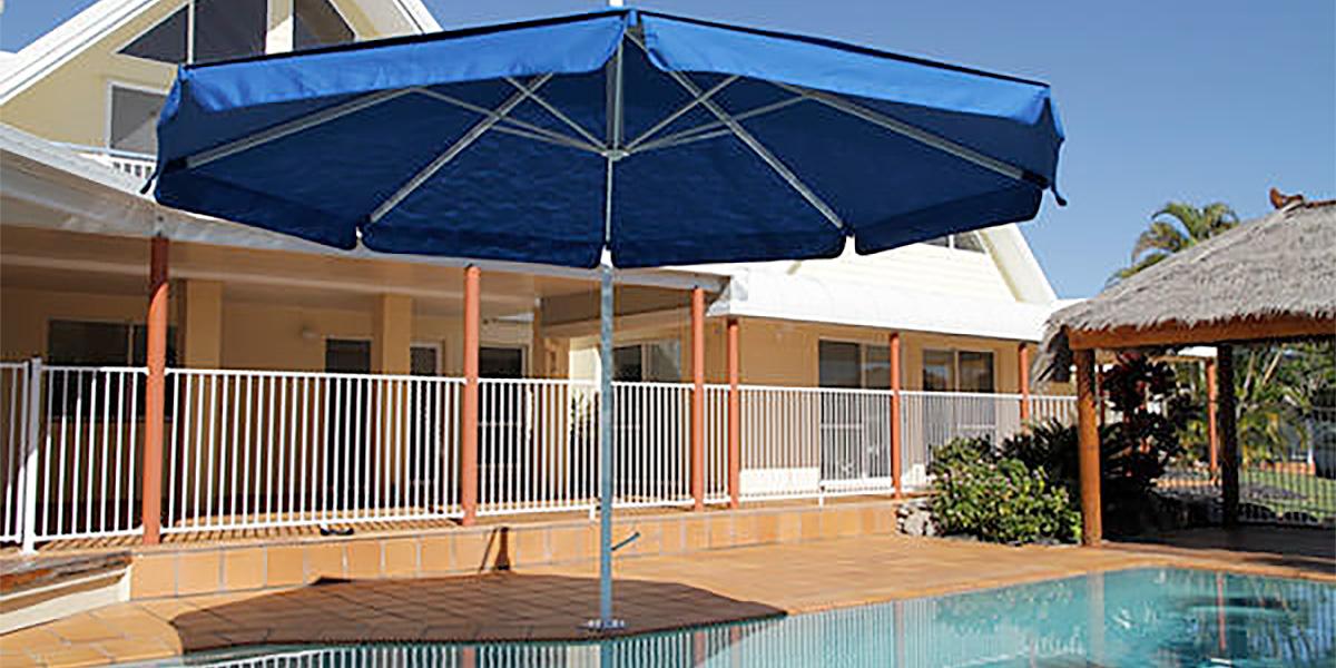 pool-unbrella